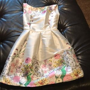 Dresses & Skirts - Satin flower Dress